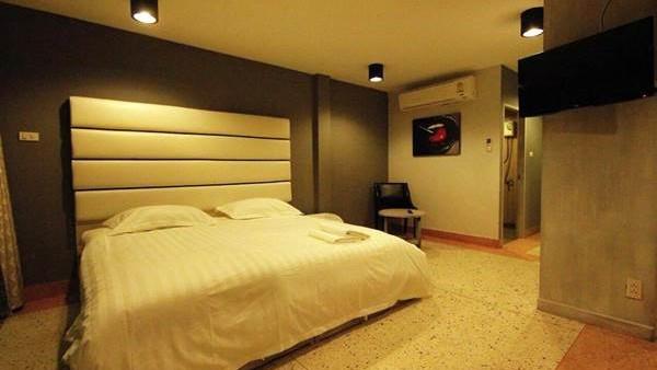 hotel-momento-pattaya-chambre (2)